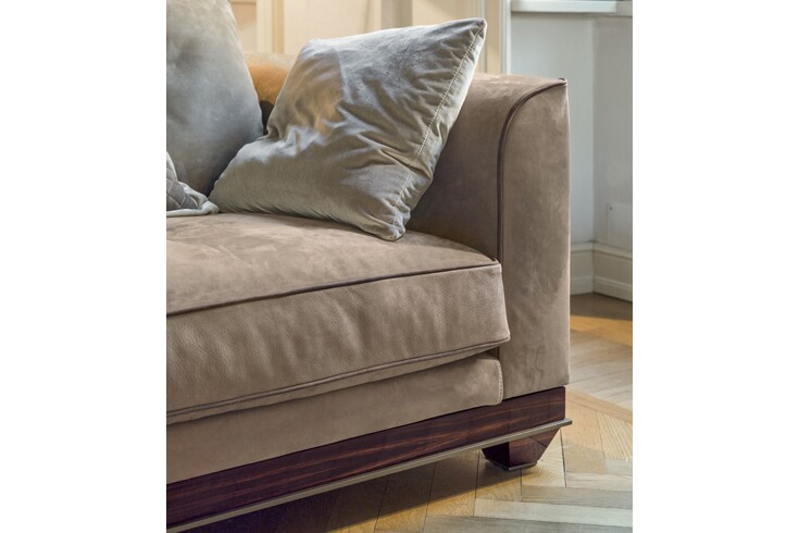 Фото  Longhi Chopin free back cushions