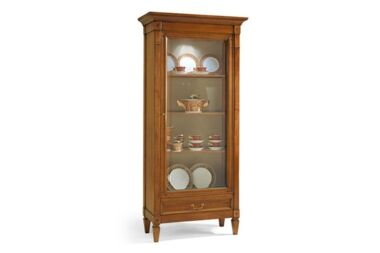 Фото  Phillip Selva Bellagio Collector's china cabinet